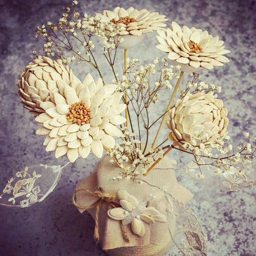 Поделки из тыквенных семечек цветы